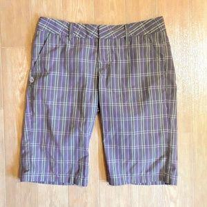 Size 5 Volcom Bermuda Shorts